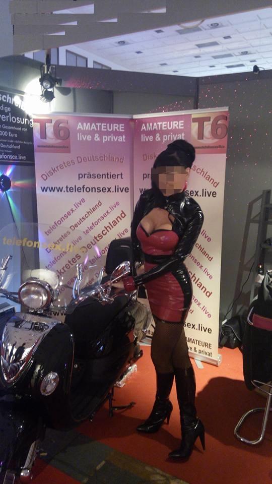 """2014 hatt """"telefonsex.live"""" einen Motorroller auf der Messe verlost..."""